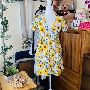 A line sunflower print dress